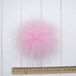 Меховый помпон енот розовый 15-17 cм