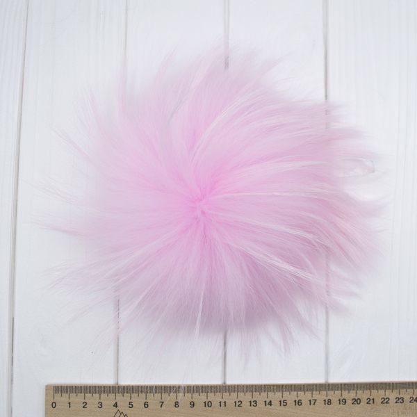Меховый помпон енот розовый 22 cм