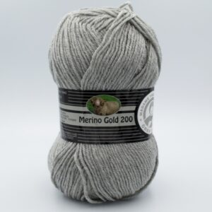 Пряжа Madame Tricote Merino Gold 200 007 светло-серый
