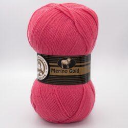 Пряжа Madame Tricote Merino Gold 002 коралловый яркий