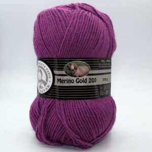 Пряжа Madame Tricote Merino Gold 200 051 розовая фуксия
