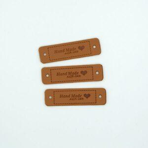 Нашивка кожаная 55×15 mm Hand Made with love Сердце коричневая