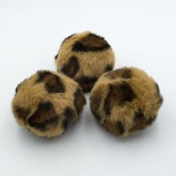 Помпон из искусственного меха леопардовый бежевый 8 см