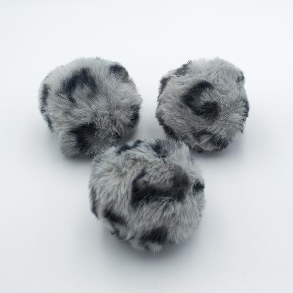 Помпон из искусственного меха леопардовый серый 8 см