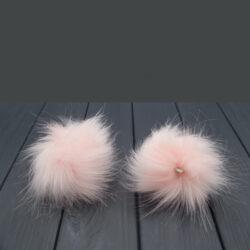 Помпон из искусственного меха розовый 8 см
