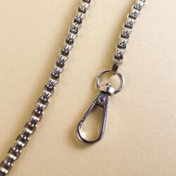 Цепь для сумки с поворотным карабином серебро 112 см